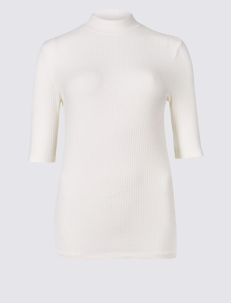 Beyaz Yarım Kollu T-Shirt