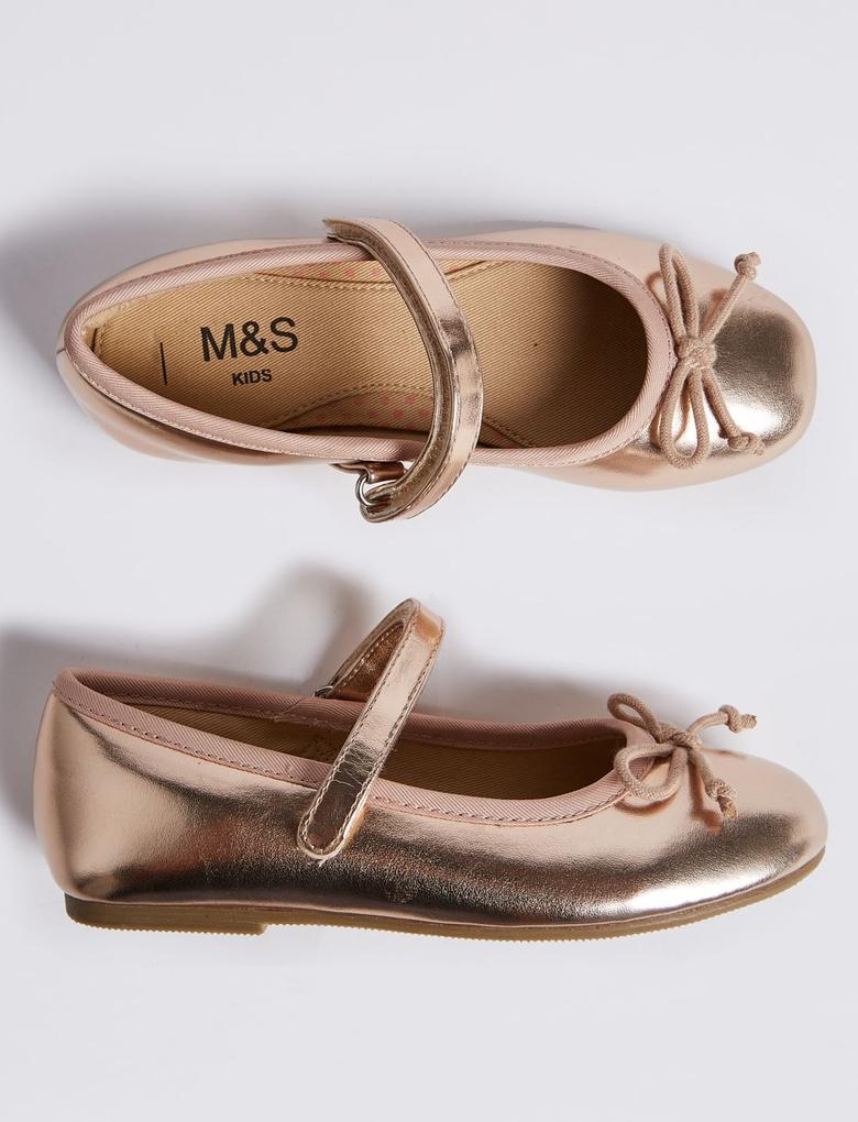 Fiyonk Detaylı Metalik Renkli Ayakkabı