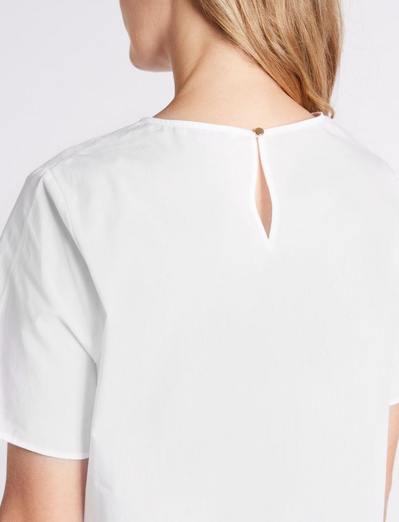 Kadın Beyaz Pamuklu Kısa Kollu Bluz