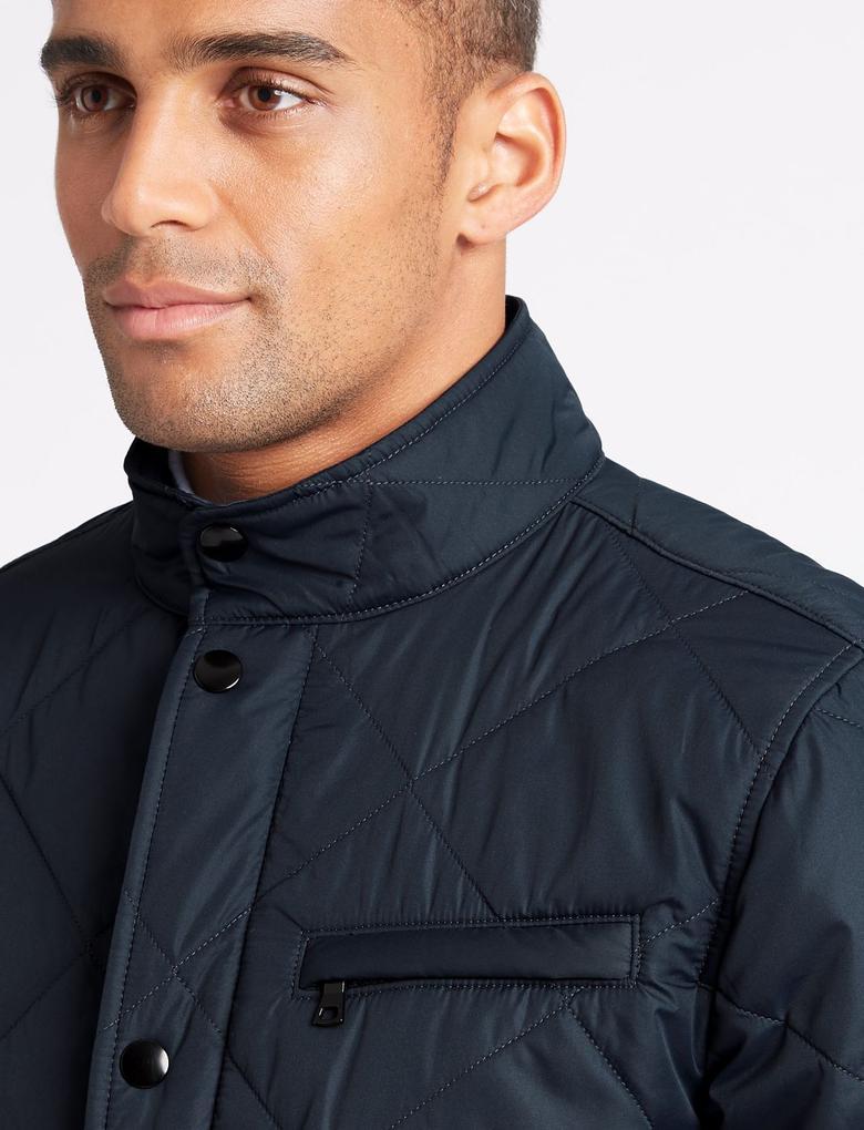 Kapitone Mont (Stormwear™ Teknolojisi ile)