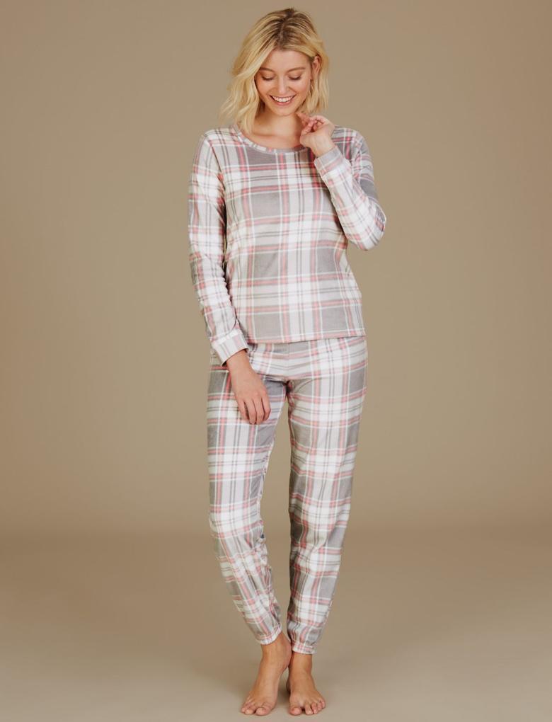 Uzun Kollu Ekose Polar Pijama Takımı