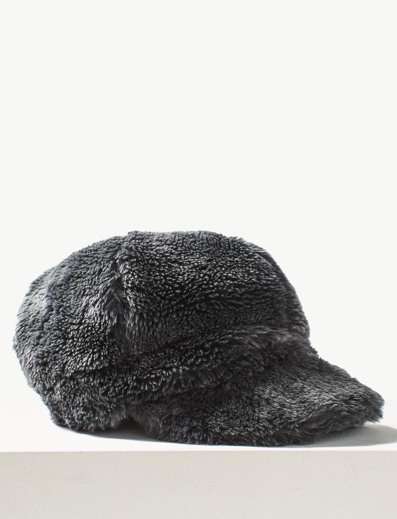 Kadın Gri Suni Tüylü Kasket Şapka