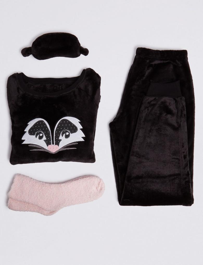 4 Parça Desenli Polar Pijama Takımı