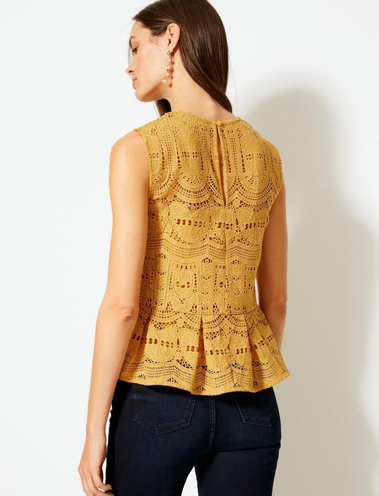 Kadın Kahverengi Dantelli Yuvarlak Yaka Bluz