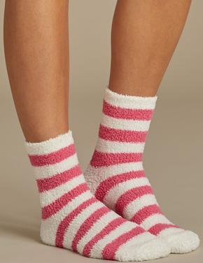Kırmızı 2'li Yumuşak Dokulu Bed Çorap Seti