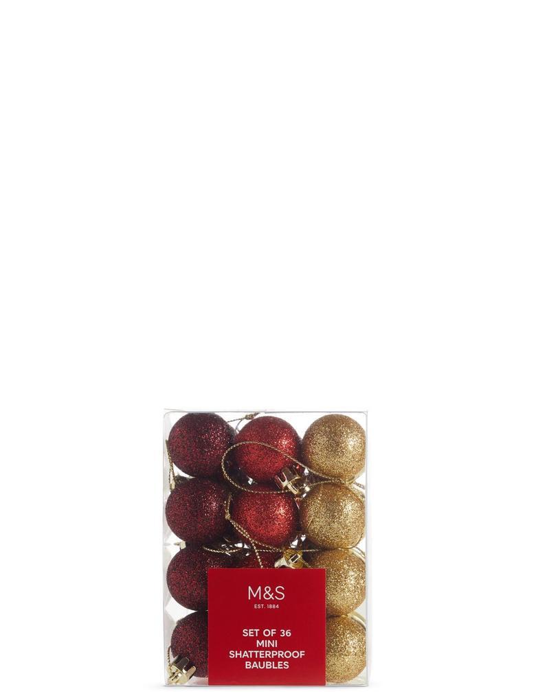 36'lı Kırmızı Kırılmaz Cam Mini Çam Ağacı Süsleri
