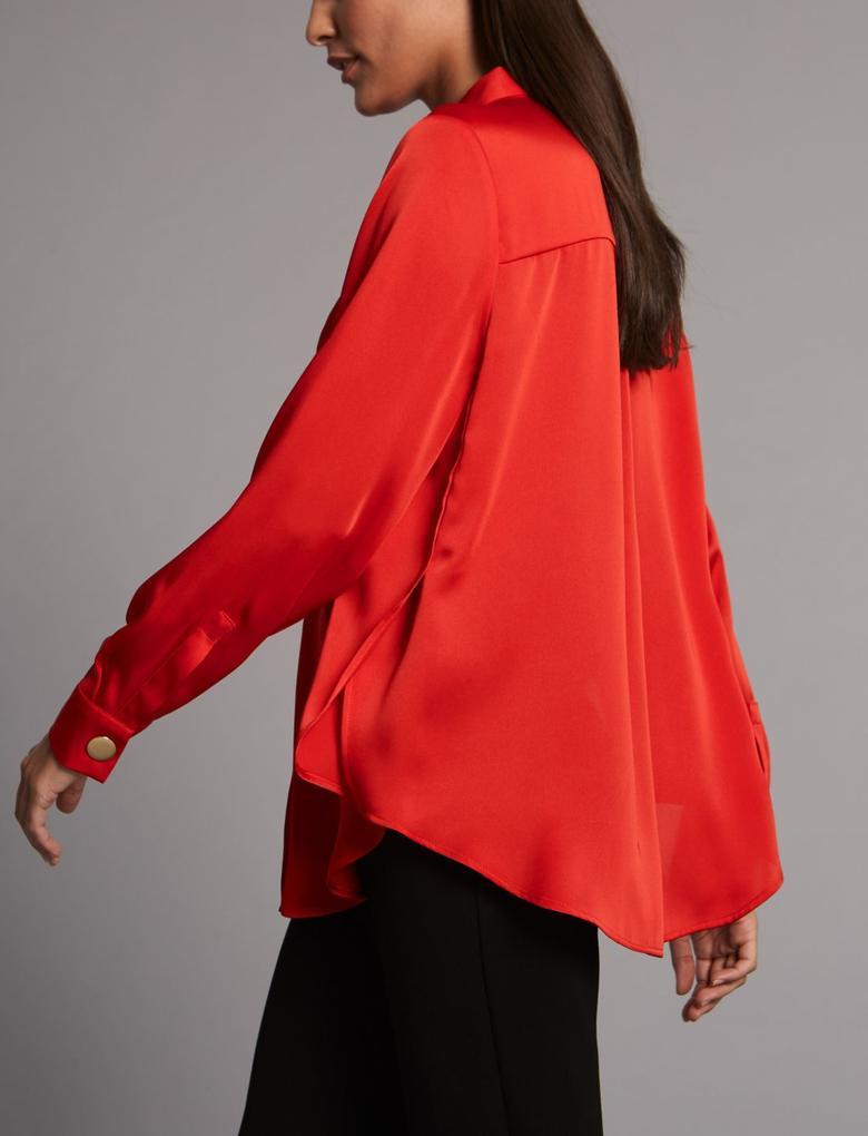Kırmızı Yırtmaçlı Uzun Kollu Gömlek