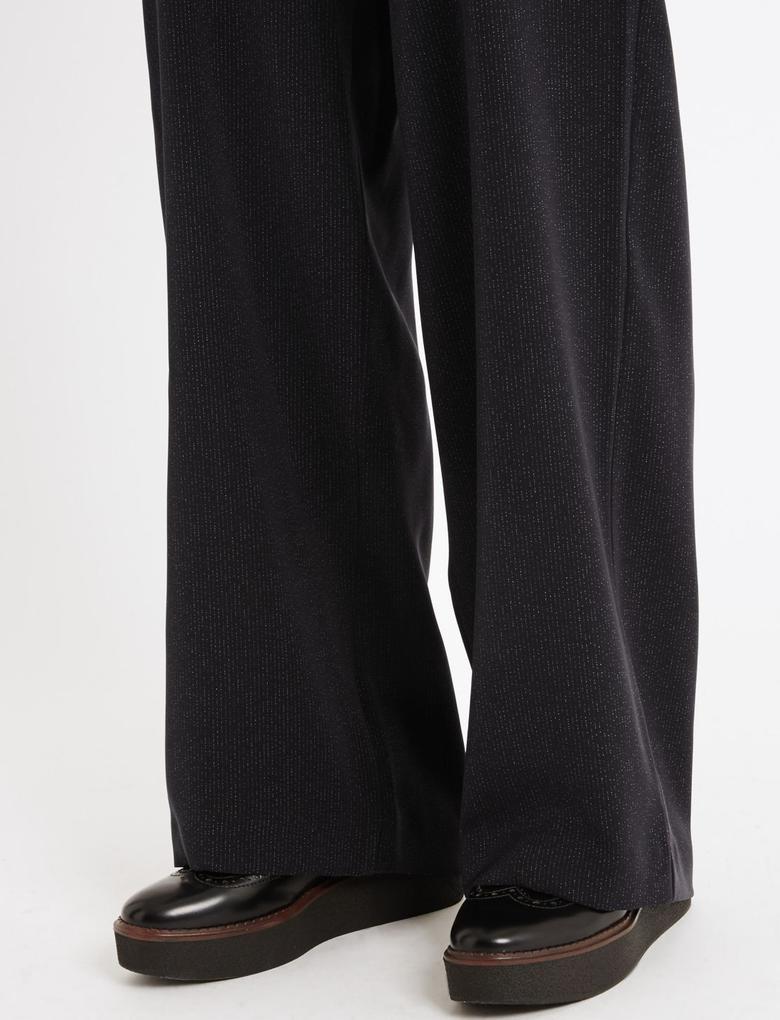 Siyah Çizgili Wide Leg Pantolon