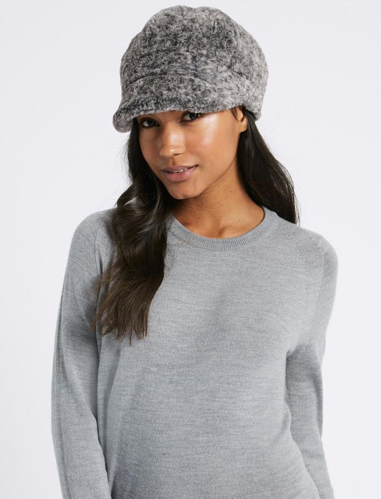 Gri Kürklü Kışlık Şapka