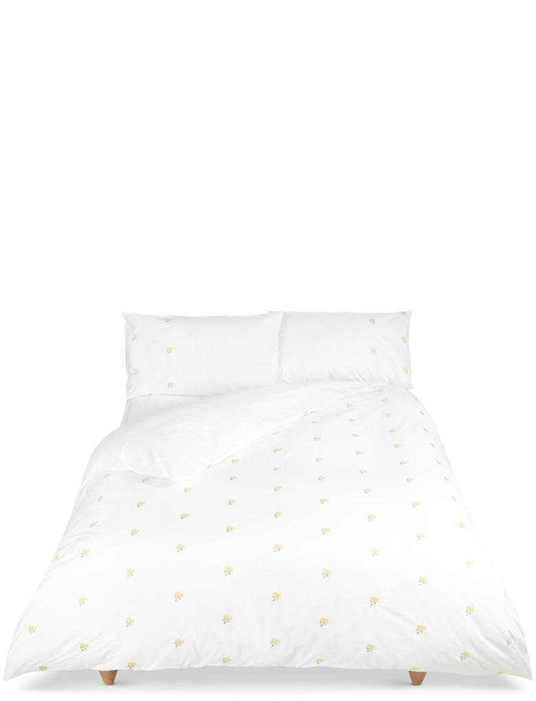 İşlemeli Yatak Takımı