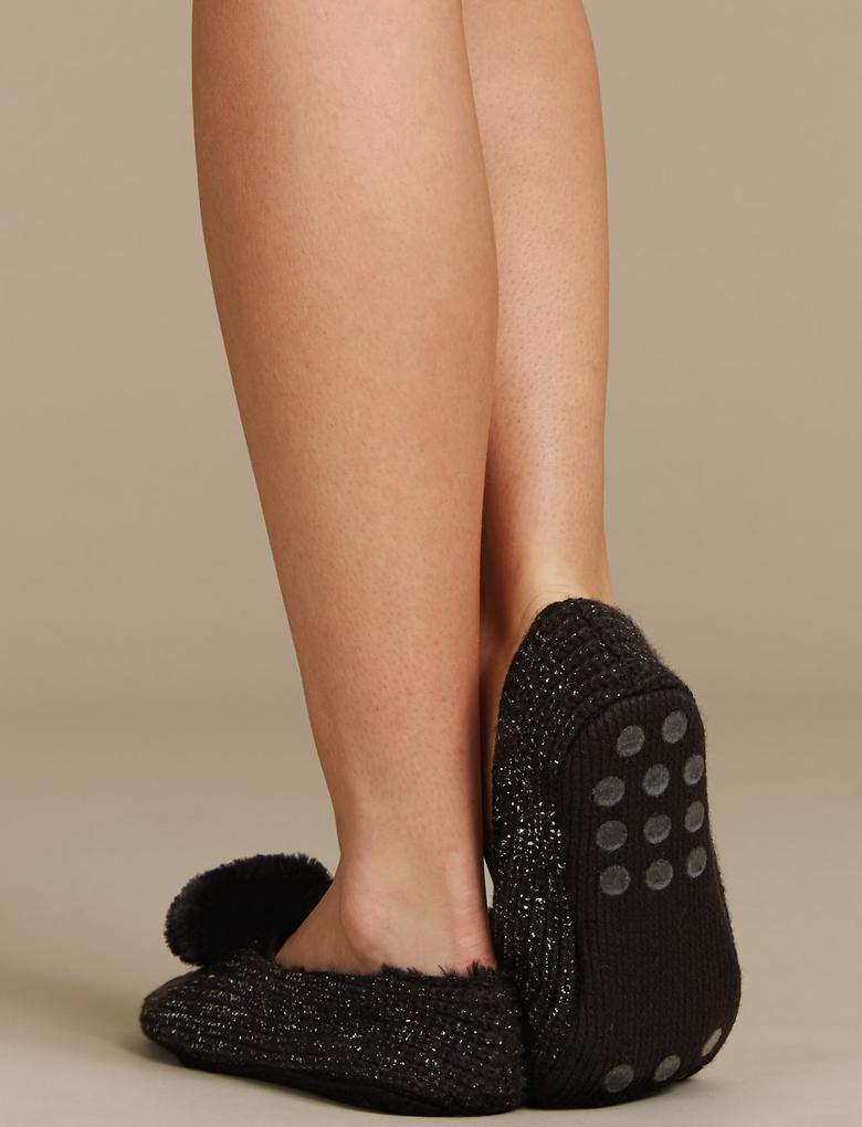 Ponponlu Çorap Terlik