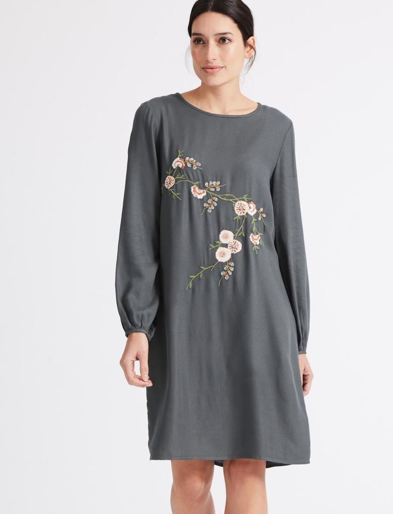 İşlemeli Tunik Elbise