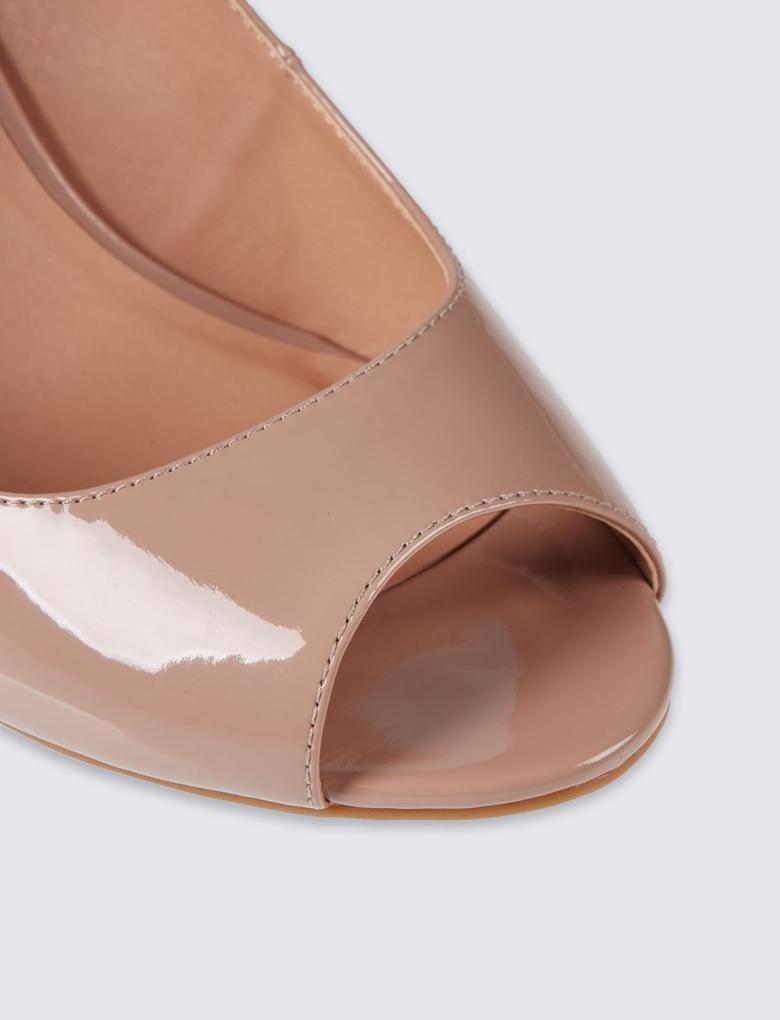 Kahverengi Geniş Kalıplı Kalın Topuklu Ayakkabı