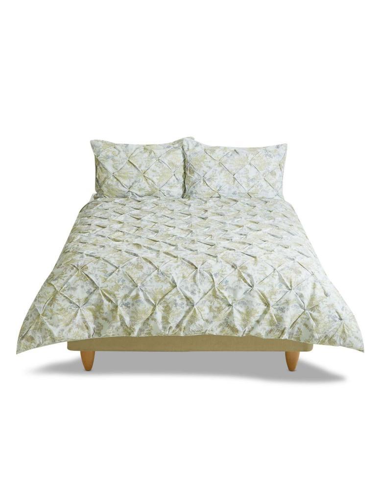 Çiçek Desenli Yatak Takımı