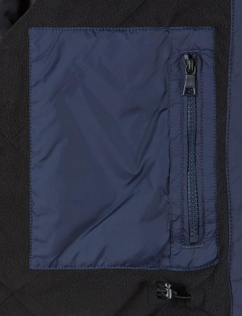 4 Cepli Ceket (Stormwear™ Teknolojisi ile)