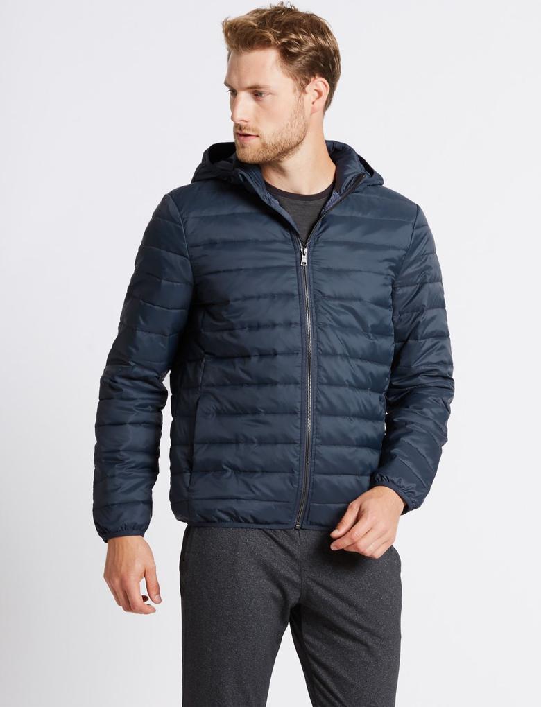 Kapüşonlu Hafif Ceket (Stormwear™ Teknolojisi ile)