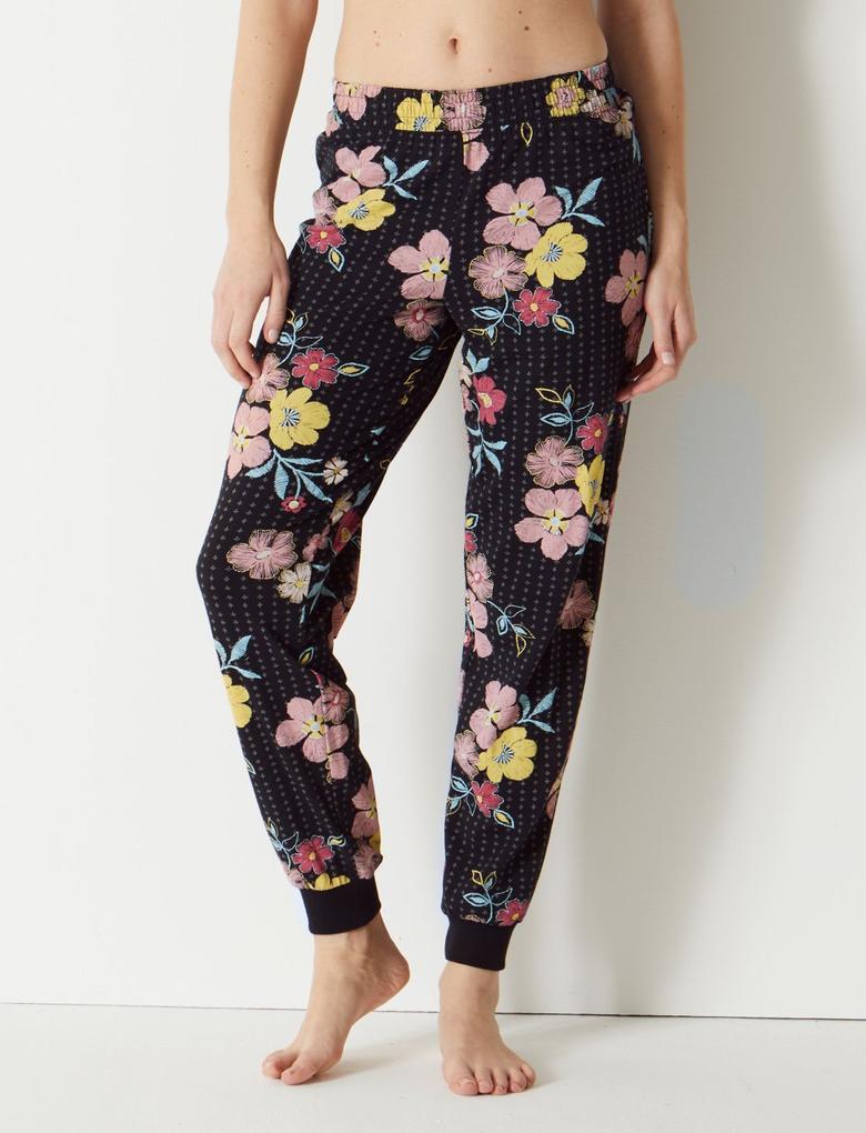 Kadın Pamuklu Çiçek Desenli Pijama Takımı