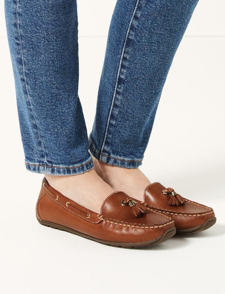 Bej Geniş Kalıplı Deri Loafer Ayakkabı