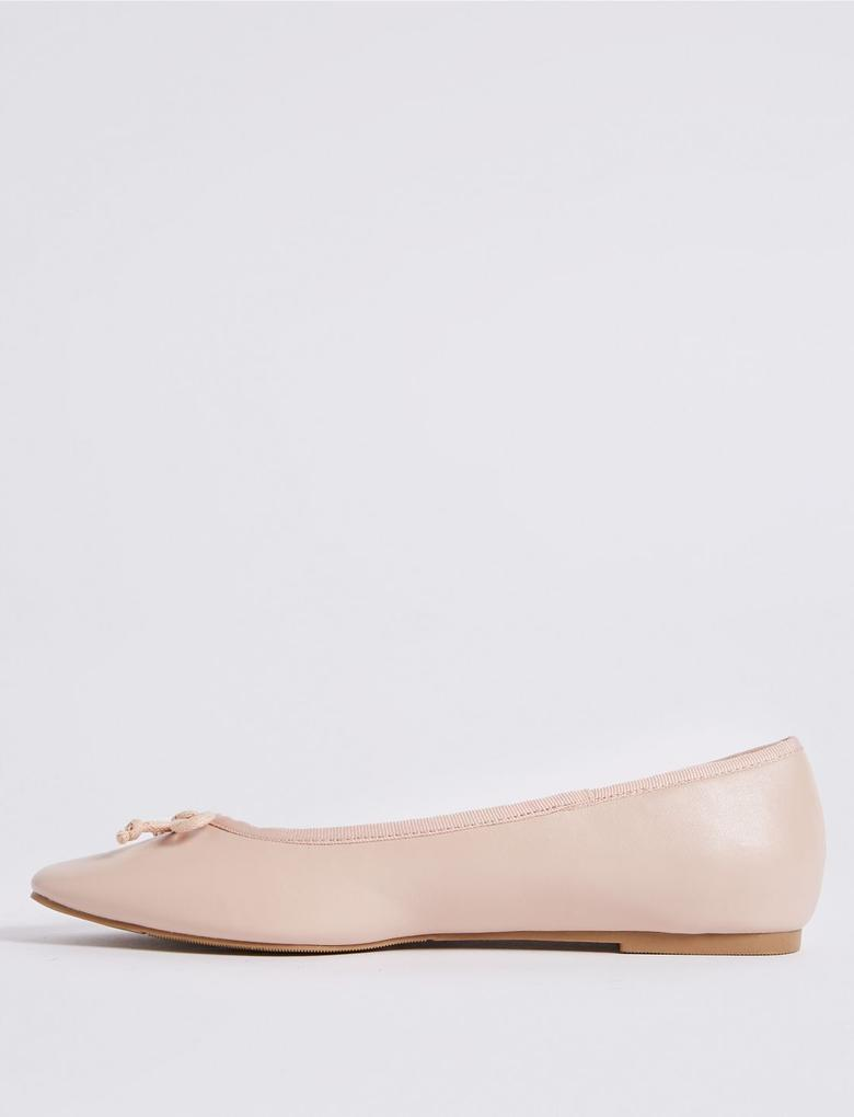 Bej Fiyonk Detaylı Babet Ayakkabı