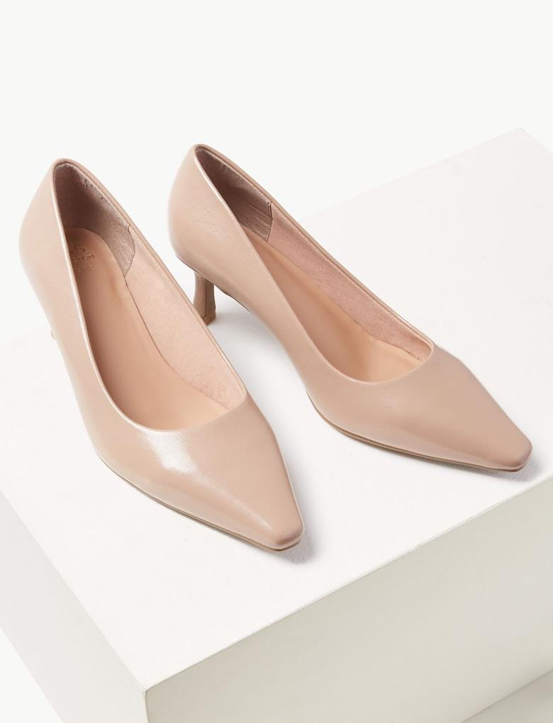 Bej Kare Burunlu Topuklu Ayakkabı
