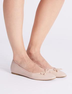 Fiyonk Detaylı Babet Ayakkabı