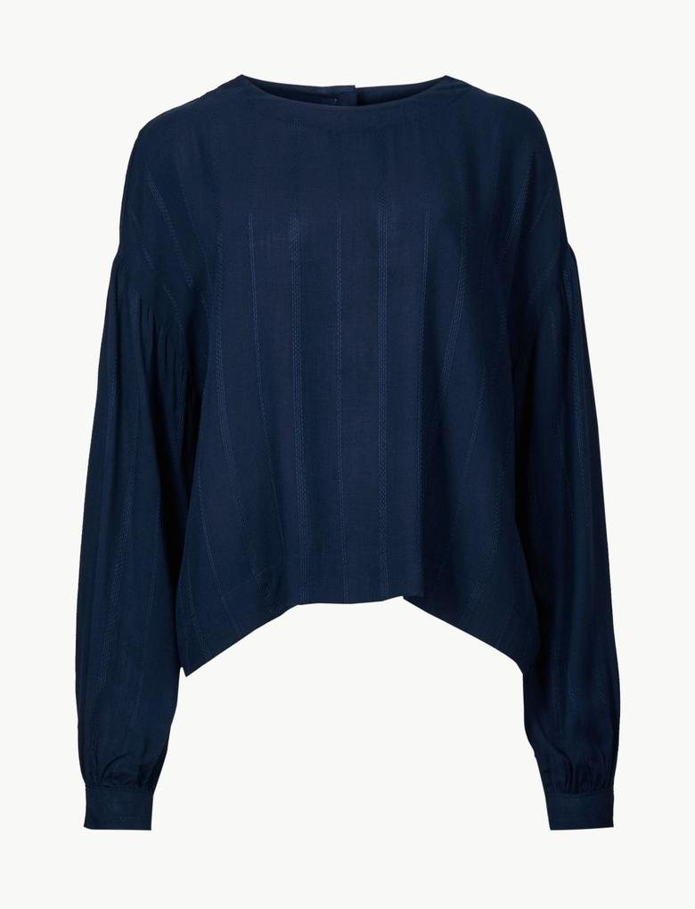 Arkası Düğmeli Yuvarlak Yaka Uzun Kollu Bluz
