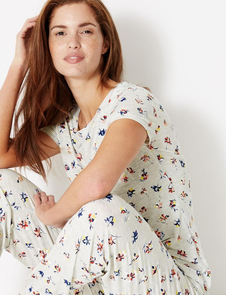 Çiçek Desenli Kısa Kollu Pijama Üstü