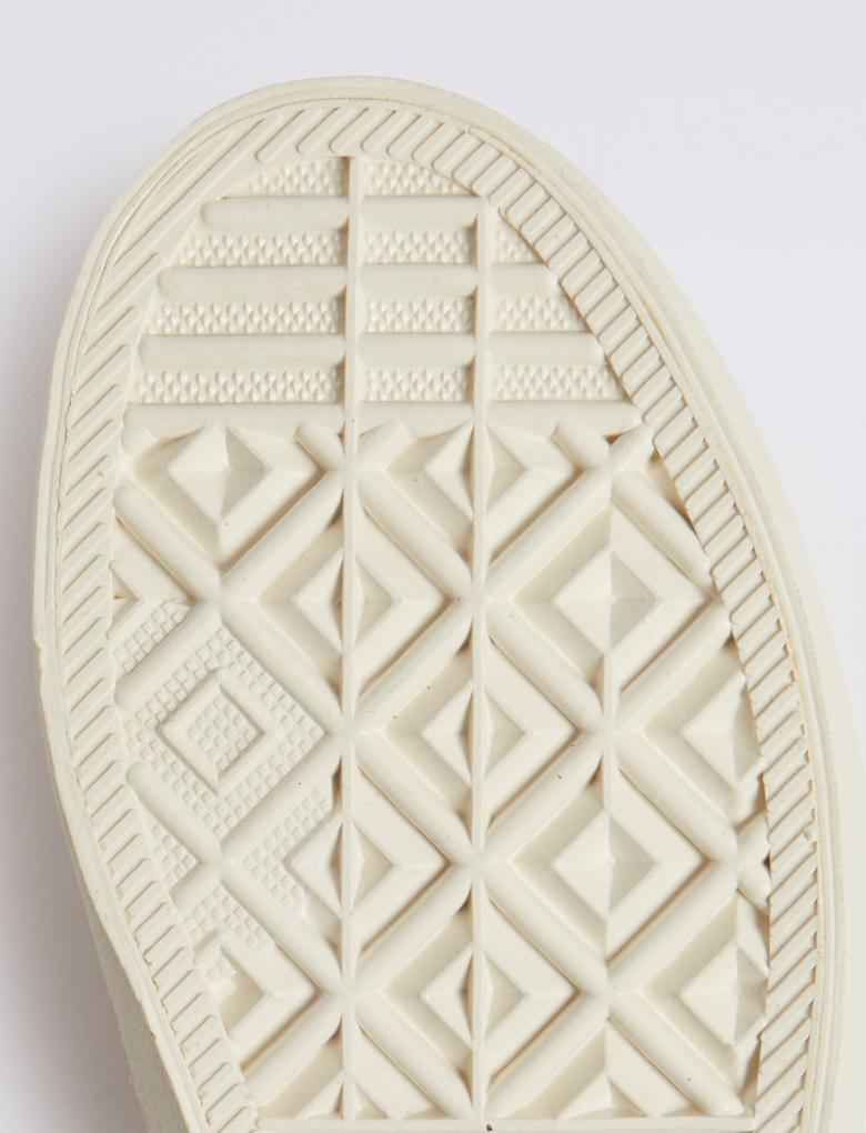 Pembe Fırfır Detaylı Spor Ayakkabı