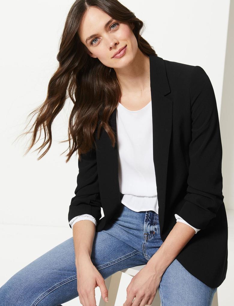 Siyah Kolları Büzgülü Blazer Ceket