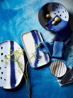 Mavi El Boyaması Fırça Darbeleri Desenli Dikdörtgen Servis Tabağı