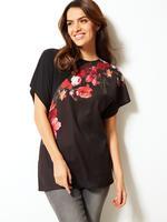 Siyah Çiçek Desenli Yuvarlak Yaka Kısa Kollu Bluz