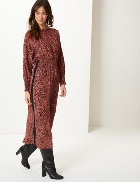 Uzun Kollu Desenli Midi Elbise