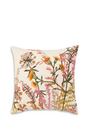 Çiçek İşlemeli Yastık
