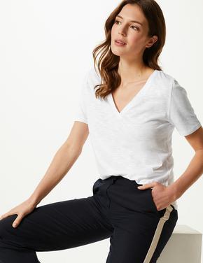 Pamuklu V Yaka T-Shirt