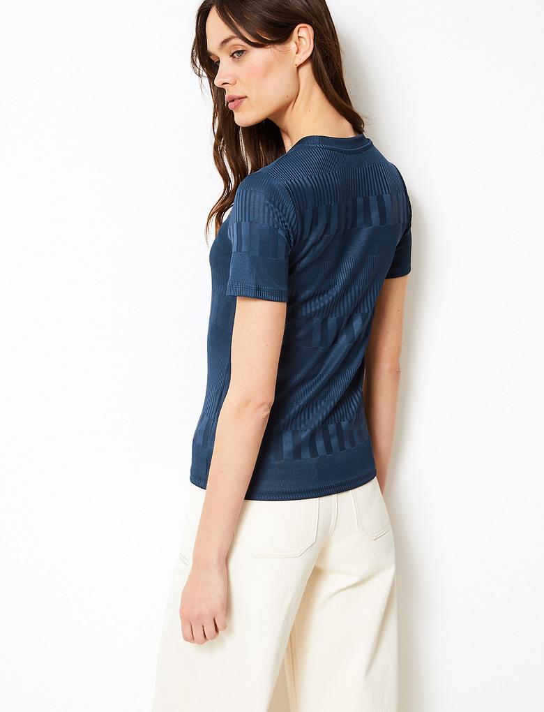 Lacivert Yuvarlak Yaka Kısa Kollu T-Shirt