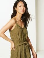 Jakarlı Midi Elbise