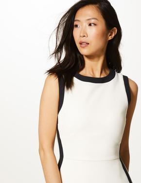 Yan Şerit Detaylı Midi Elbise