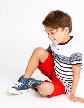 Erkek Çocuk Mavi Thomas & Friends™ T-shirt ve Şort Takımı