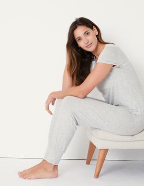 Yumuşak Dokulu Dantel Detaylı Pijama Seti
