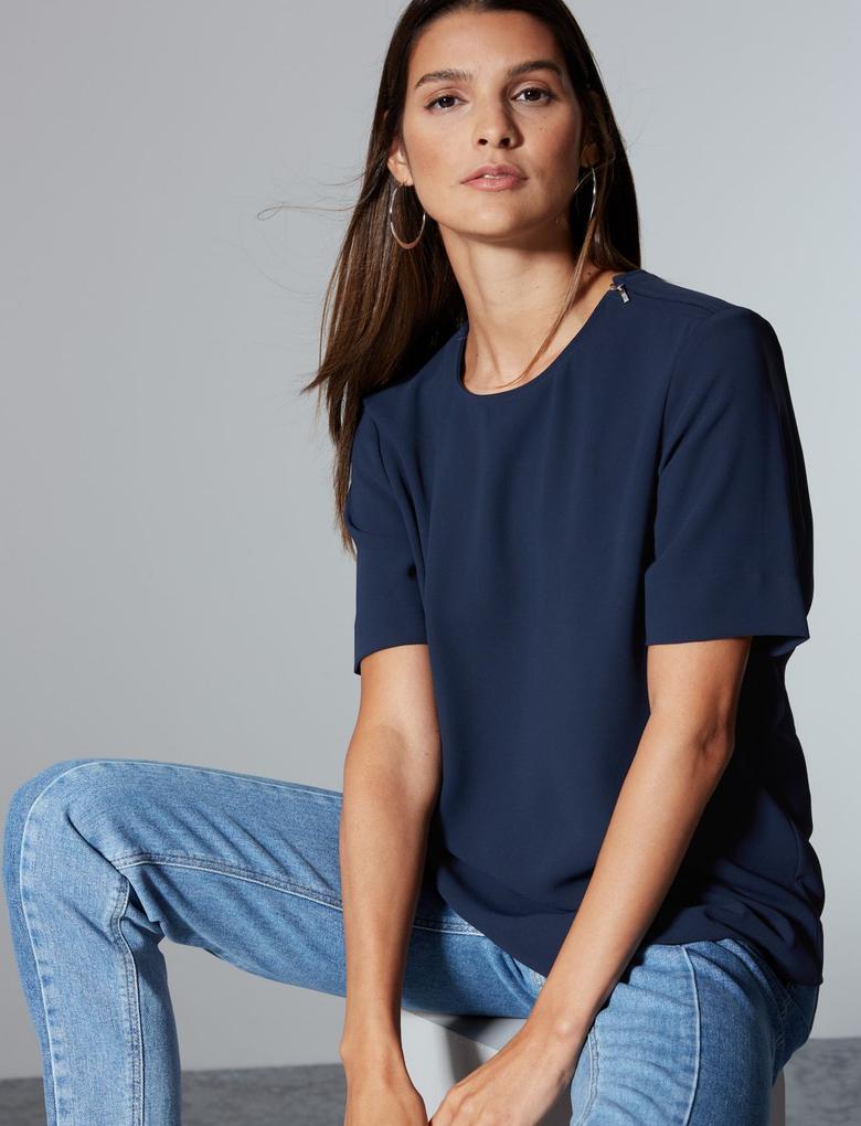 Kadın Lacivert Yuvarlak Yaka Yarım Kollu Bluz