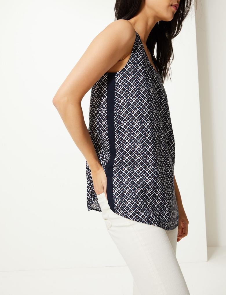 Lacivert Geometrik Desenli Kolsuz Bluz