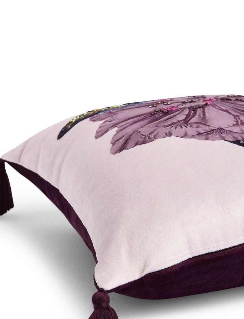 Çiçek Desenli Dekoratif Yastık