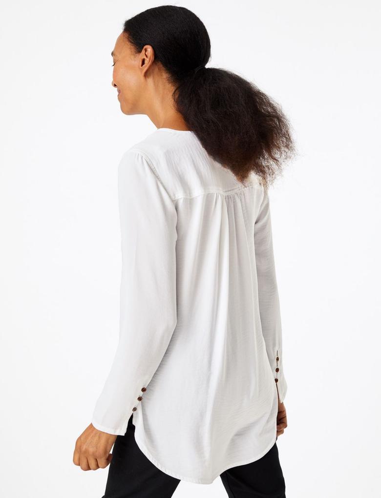 Kadın Beyaz Düğme Detaylı Tunik