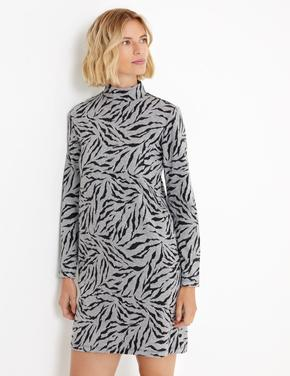 Desenli Shift Elbise