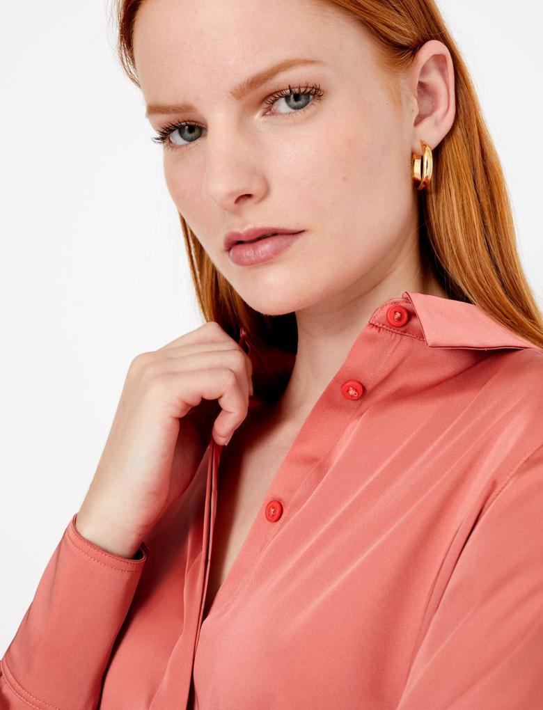Kadın Kahverengi Uzun Kollu Saten Gömlek