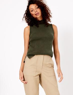 Yeşil Kolsuz Triko Bluz