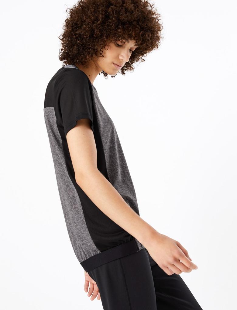 Siyah Nem Emici Özellikli T-shirt