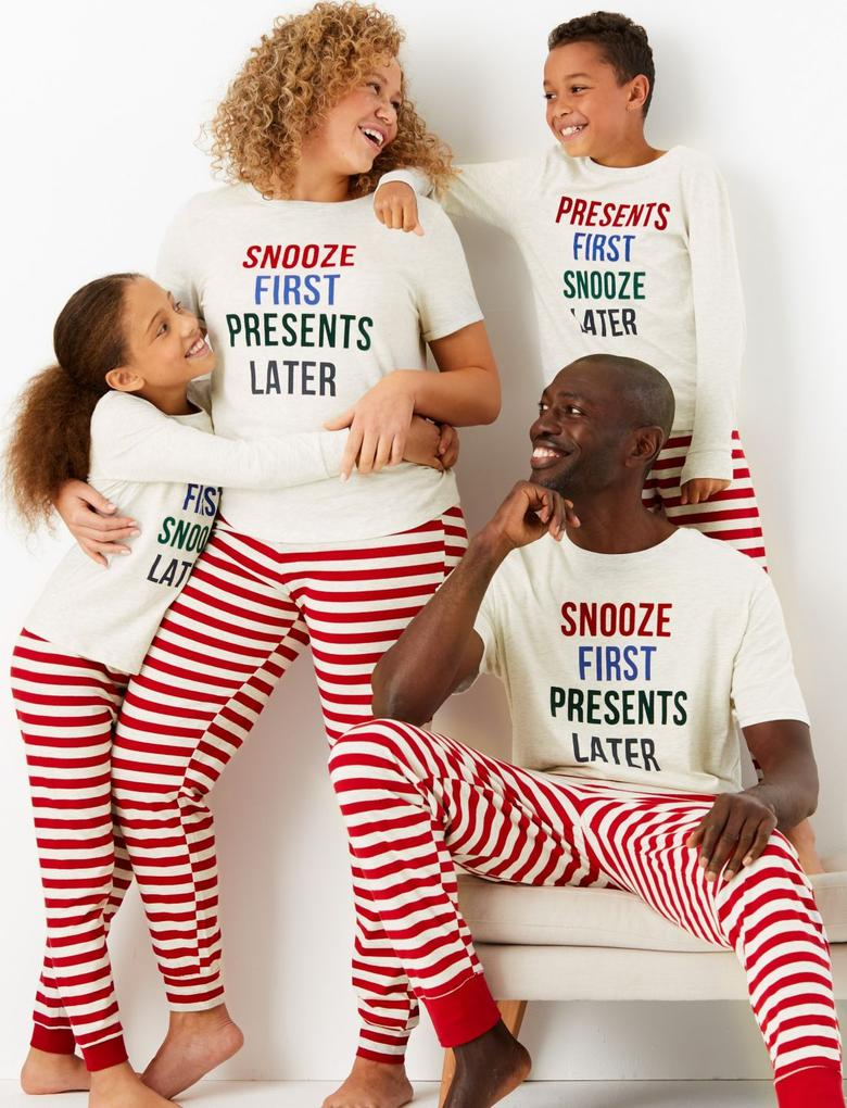 Sloganlı Kısa Kollu Pijama Takımı