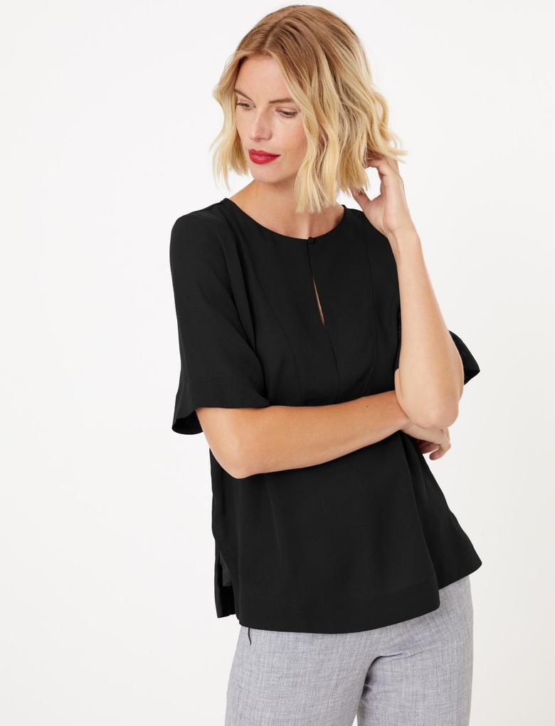 Kadın Siyah Düğme Detaylı Bluz