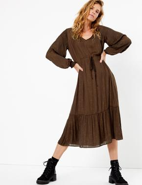 Kadın Kahverengi Jakarlı Büzgü Detaylı Saten Elbise